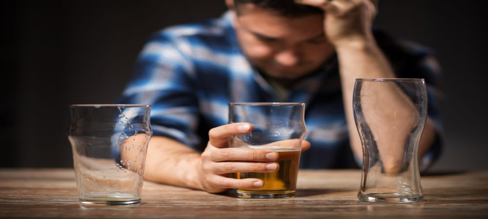 warning signs of an alcohol drinking problem